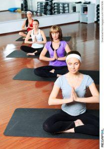 Yoga 19457606