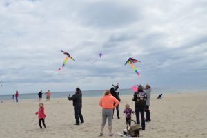 Kite Flying018-1024x681