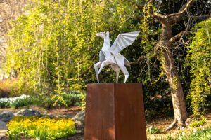 Tom-Hennessy-LGBG-Origami-pegasus-horse-1250-1024x682